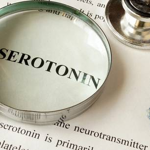 Serotonin-Syndrom: Medizinische Akte zu Serotonin