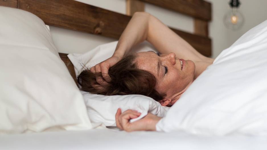Sprechen im Schlaf ist in diesem Fall ein Anzeichen von Krankheit