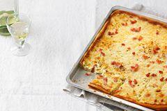Zwiebelkuchen: Klassischer Zwiebelkuchen mit Speck