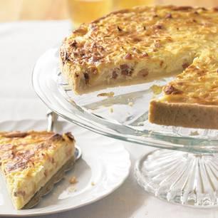 Zwiebelkuchen mit Hefeteig