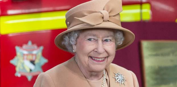 Queen Elizabeth II beweist Humor