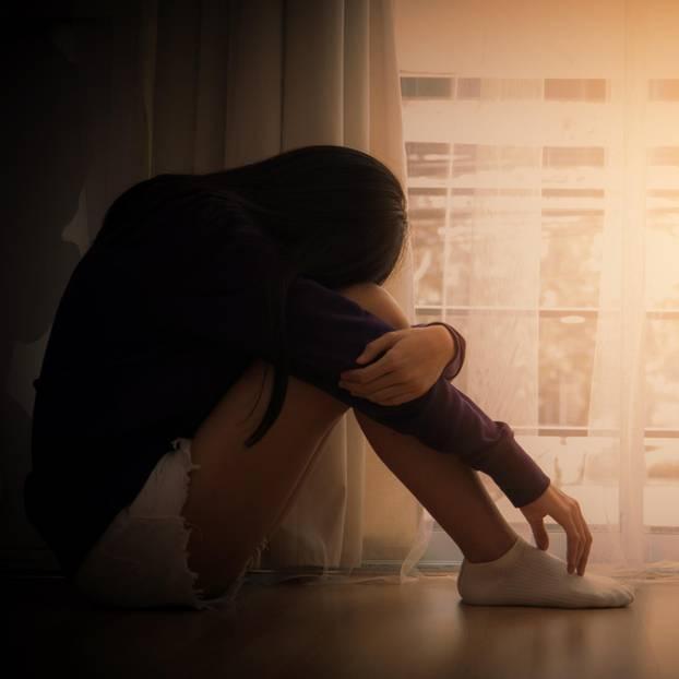 Depression-Symptome: Traurige Frau