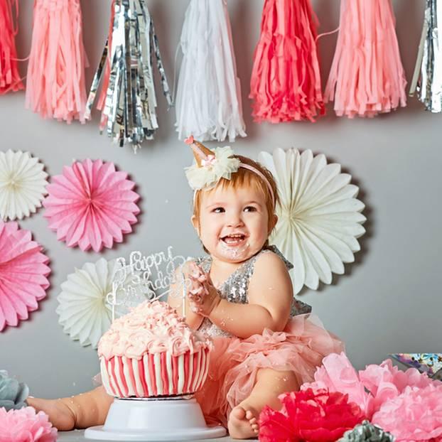 Geschenke zum 1. Geburtstag: Praktische und sinnvolle Ideen