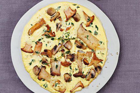 Pilz-Frittata mit Schnittlauchquark