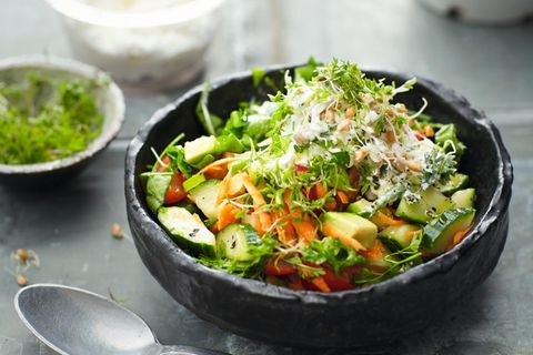 Rezepte gegen Schmerzen: Sprossenmüsli mit Gemüse