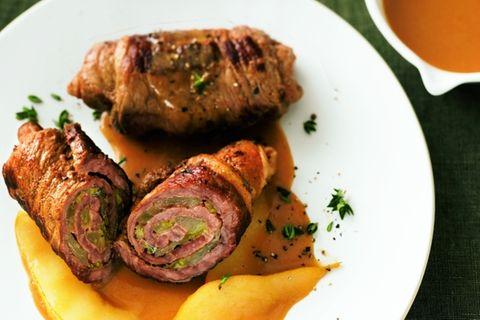 Rouladen mit Birnen und Gorgonzola