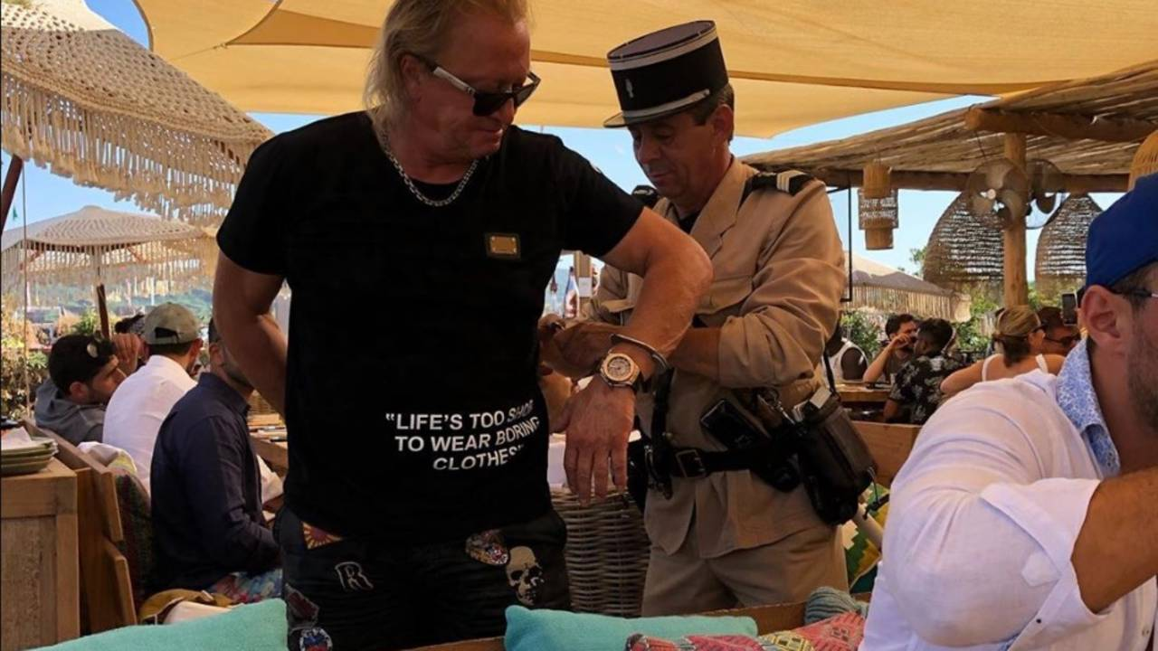 Robert Geiss In Handschellen Carmen Zeigt Fotos Von Verhaftung In St Tropez