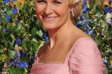 Mette-Marit im rosa Kleid