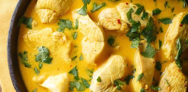 Gelbe Currysoße