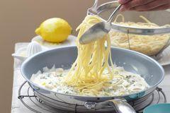 Zitronen-Nudeln