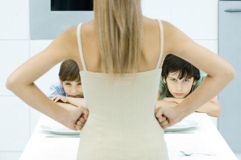 PMS – Hilfe, meine Familie schwebt in Gefahr