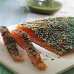 Graved Lachs mit Senf-Dill-Soße