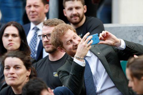 Prinz Harry soll auch Teil eines Gruppenchats sein