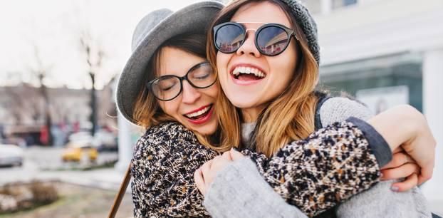 Sternzeichen: Darum sind Steinböcke die besten Freunde