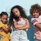 Für coole Kids: drei Kids posen cool