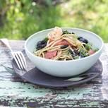Linguine mit Oliven und Garnelen