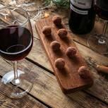 Abnehmen: Glas Rotwein und edle Schokokugeln