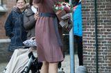Schuhe der Royals: Königin Maxima winkt