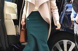 Schuhe der Royals: Meghan Markle steigt aus einem Auto