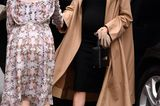 Schuhe der Royals: Meghan Markle begrüsst Frau