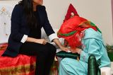 Schuhe der Royals: Meghan Markle bekommt Henna Bemalung