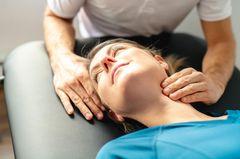 Rehaziele nach Brustkrebs - darauf kommt es an: Frau in Reha