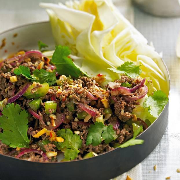 Thai-Salat mit Beef-Hack