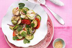 Auberginen-Gurken-Salat