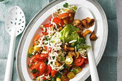 Bunter Tomatensalat mit Pfifferlingen