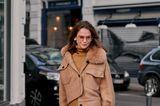 Copenhagen Streetstyle: Frau im Pulloverkleid