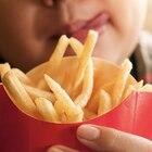 Angewohnheit mit fatalen Folgen: Junge ernährt sich jahrelang nur von Pommes