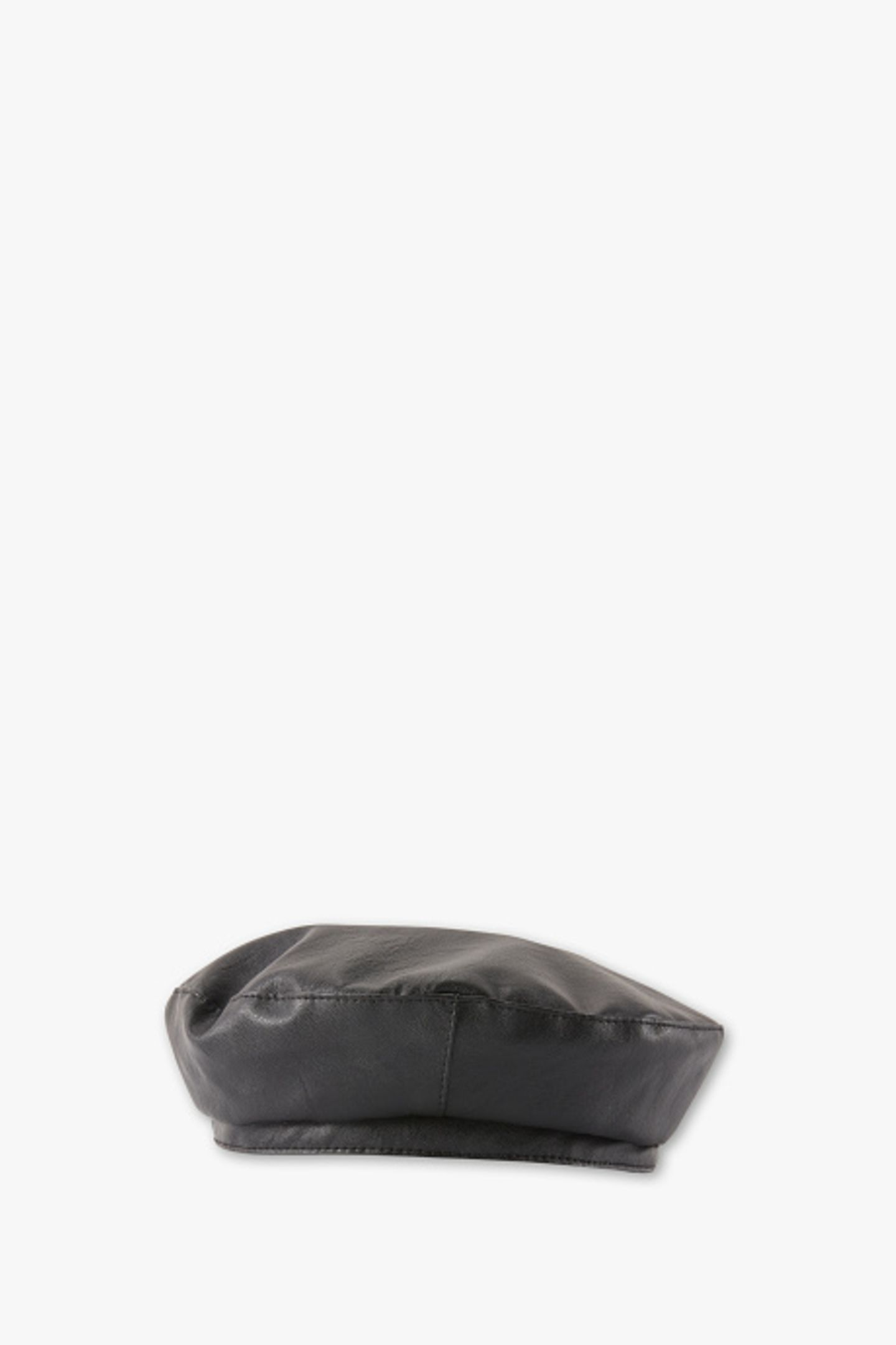 1 Style, 2 Looks: Baskenmütze aus Lederimitat