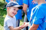 Royale Kinderfotos: Prinz Oscar schlägt ein