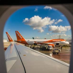 EasyJet: Pilot verschollen, Passagier springt ein