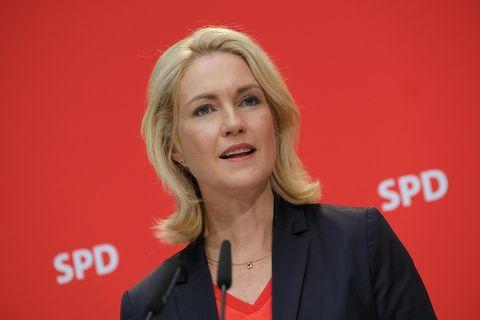 Manuela Schwesig tritt nach Brustkrebs-Diagnose von SPD-Vorsitz zurück