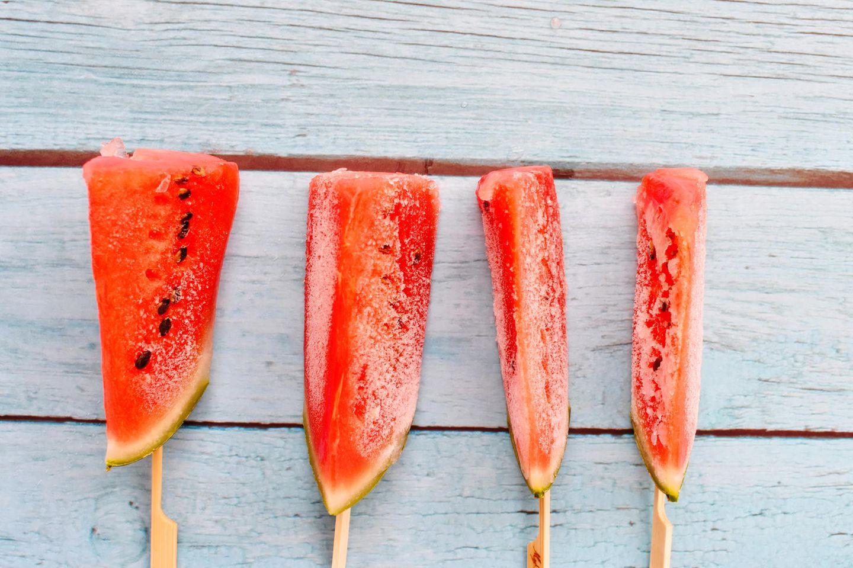 Melone einfrieren: Melone am Spieß