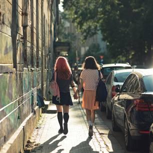 Bisexualität im Video: Sind nicht alle etwas bi?