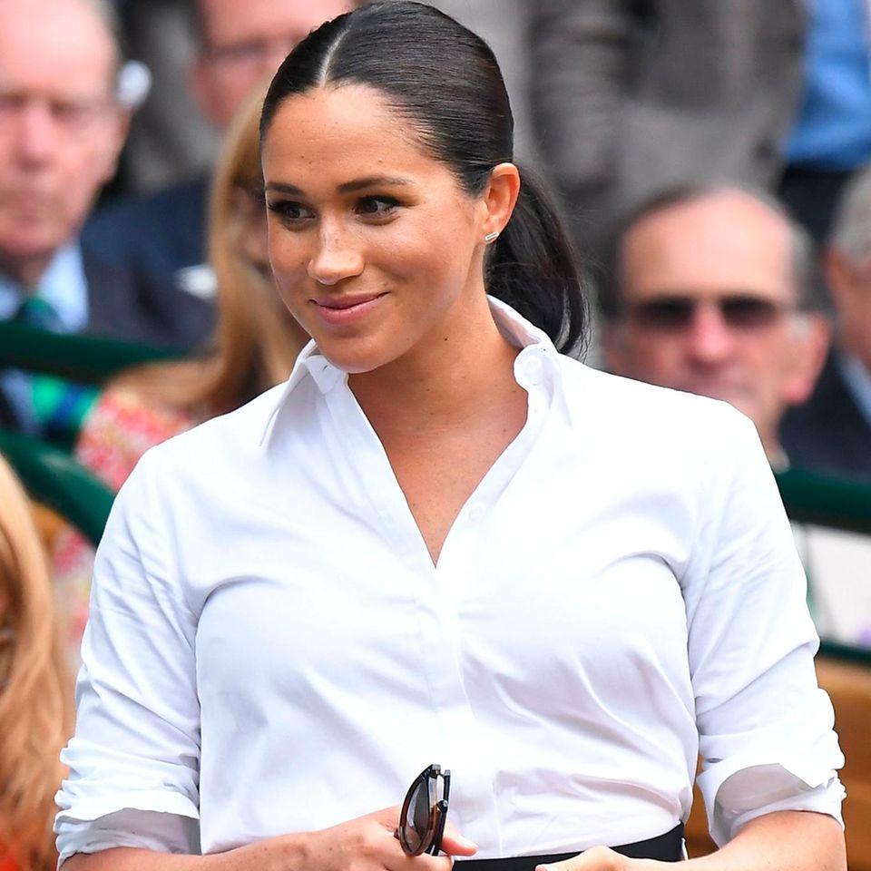 Meghan Markle Modekollektion: Meghan Markle in weißer Bluse