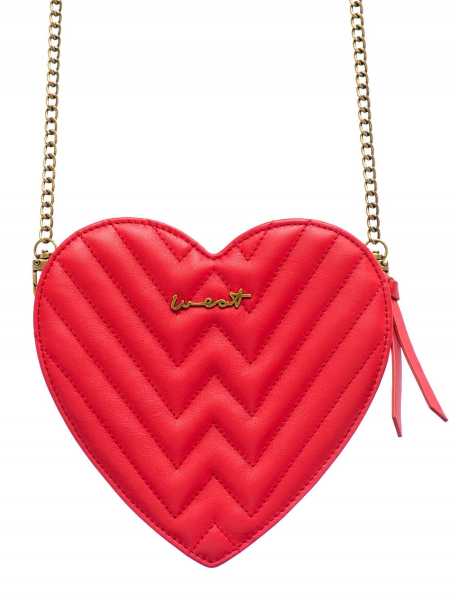 Dirndl-Trends 2019: rote Tasche in Herzform von WEAT