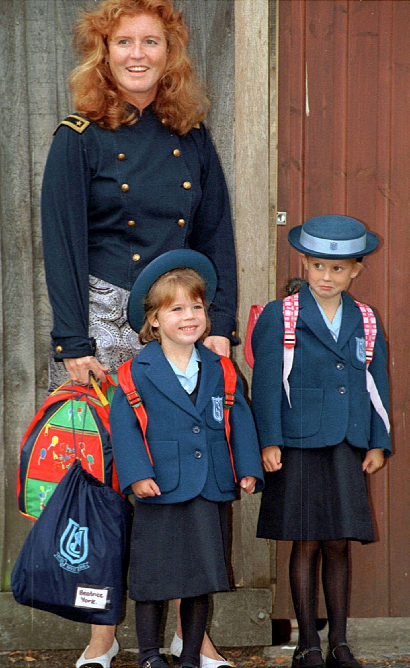 Royals Erster Schultag: Prinzessin Eugenie steht vor ihrer Mutter
