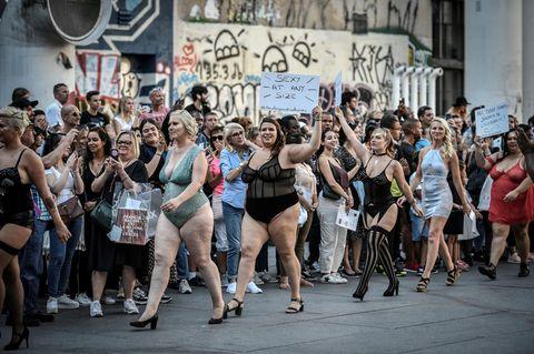 The All Sizes Catwalk: Models auf dem Laufsteg