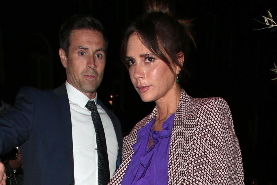 Make-up Fails der Stars: Victori Beckham abends unterwegs