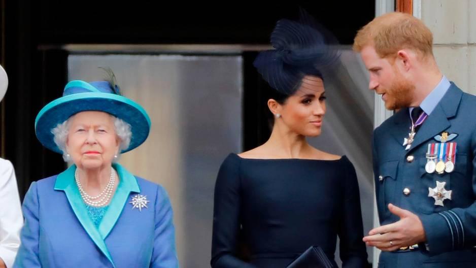 Queen Elizabeth ist auf Distanz gegangen