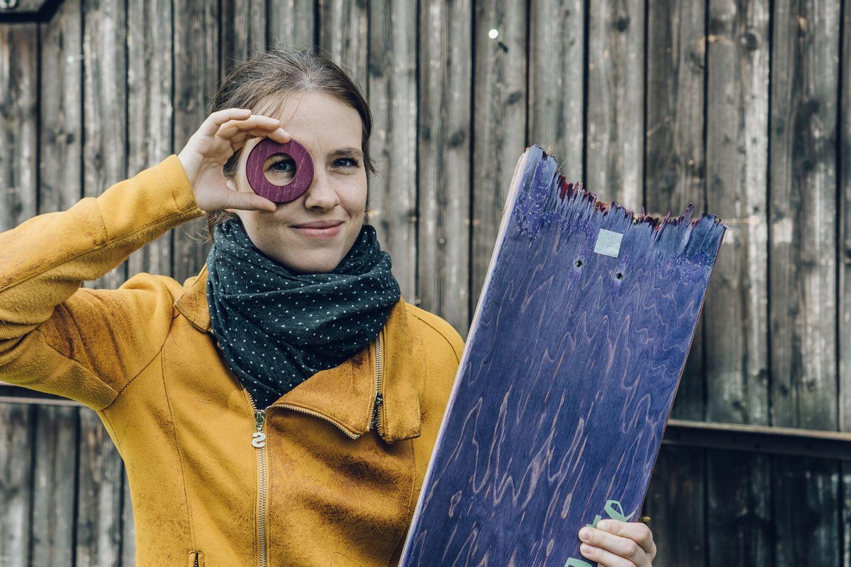 """Ein Tag bei Lockengelöt: Redakteurin Anna macht """"Praktikum"""""""