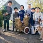 Ausflug nach Bullerbü: Kinder in Strickmode
