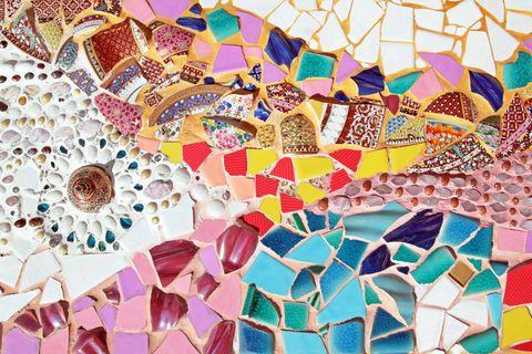 Mosaik selber machen: buntes Mosaik