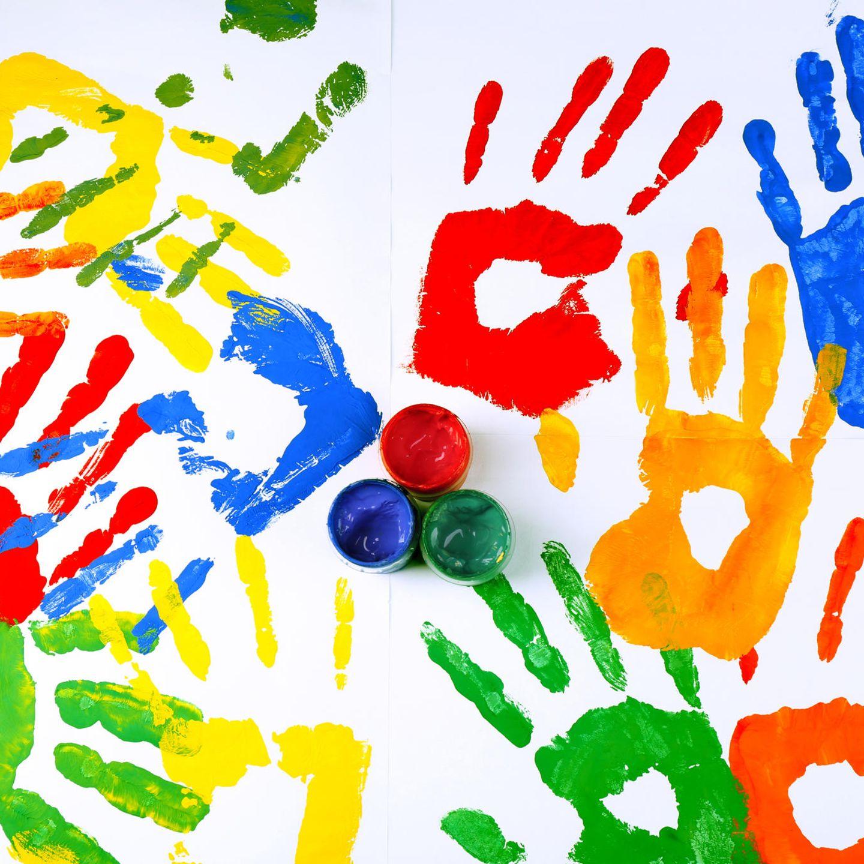 Malen mit Kindern: Handabdruck