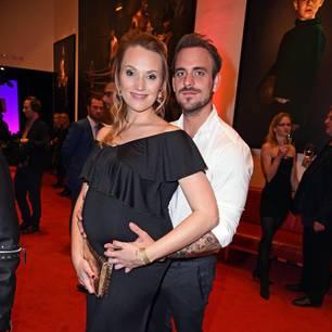 Schwangere Stars: Anna Hofbauer mit Marc Barthel
