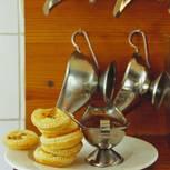 Milchtörtchen mit Karamellsoße