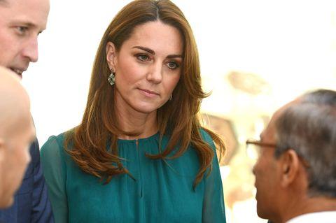 Kate Middleton trägt Schnäppchen Ohrringe